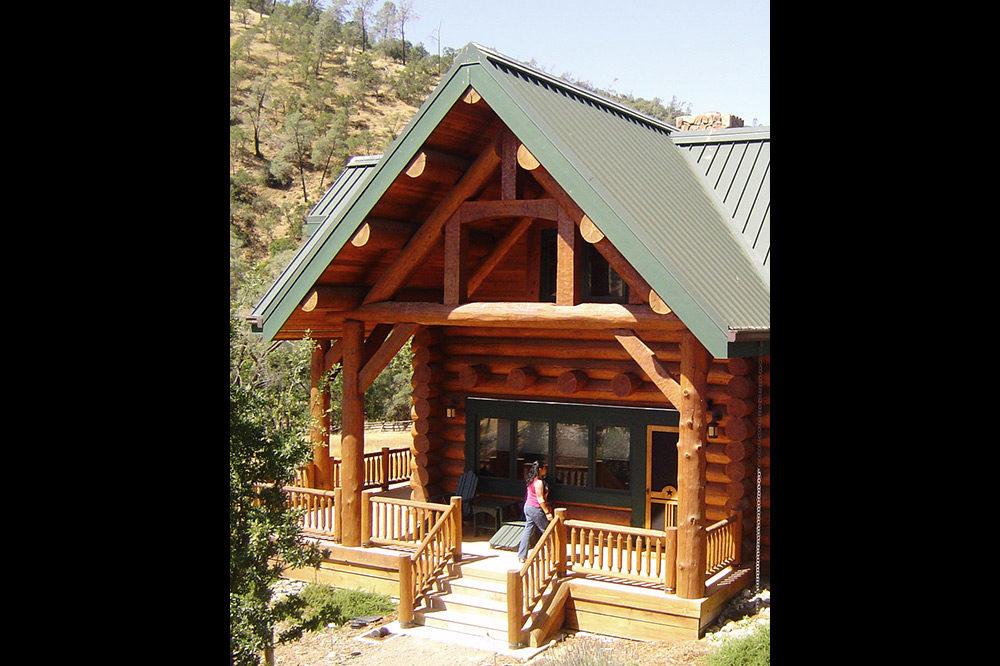 Lodge Style 2