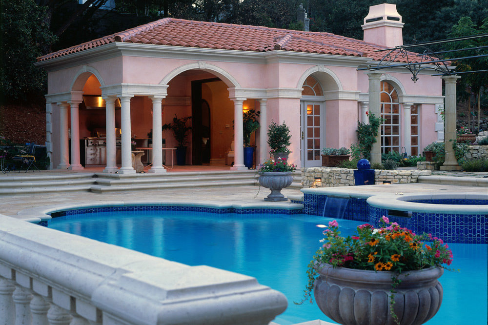 Pool House Style 4